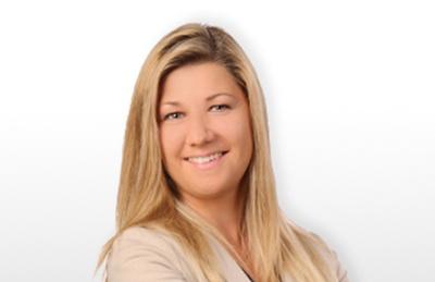 Christina Toth publiziert zum Sportrecht