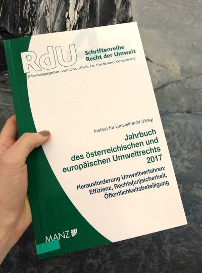 Mag. Martin Niederhuber und Dr. Peter Sander schreiben im Jahrbuch des österreichischen und europäischen Umweltrechts 2017
