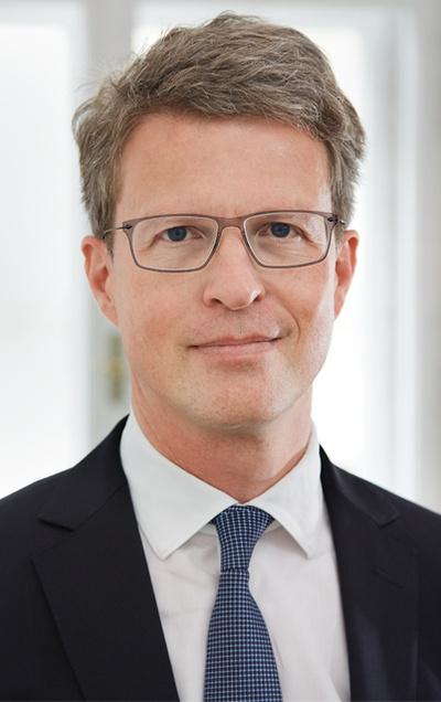 """Mag. Martin Niederhuber: """"VfGH-Erkenntnis Dritte Piste: Interessenabwägung neu?"""""""