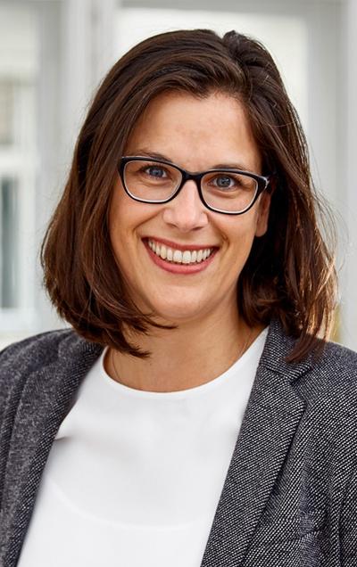 25 Jahre Bundesvergabegesetz – Hochkarätiges Symposium mit NHP-Vergaberechtsexpertin Claudia Fuchs