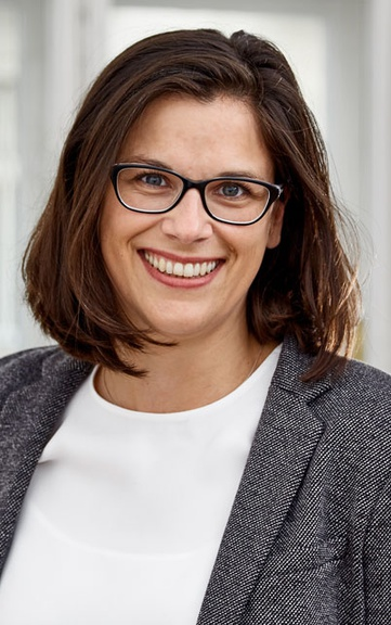 Dr. Claudia Fuchs stellt Buch-Neuerscheinung vor!