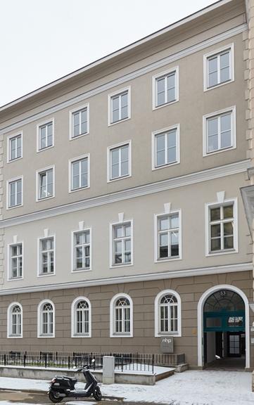 Neue Adresse für vergrößerten Wiener Stammsitz  von NHP