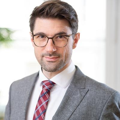 Dr. Florian Stangl, LL.M.